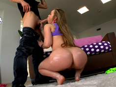 Round ass hottie Madison Chandler sucks his extra large dick