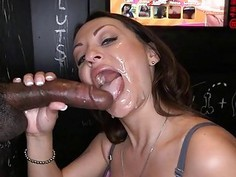 Cutie dazzles a hard wiener with sexy licking