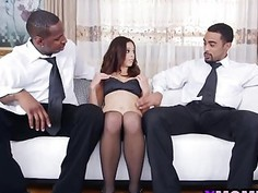 Brunette MILF Eva Long Gets Fucked In Threesome With Black Studs