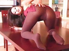 Excellent solo girl fingers pussy through hose