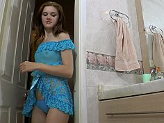 Russian babe in blue lingerie washing pussy