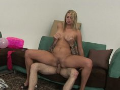 Voracious bitch Heather Starlet rides the dick furiously