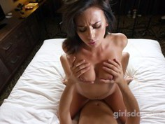 Posh brunette amateur likes doggystyle and creampie