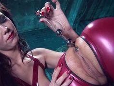 Lesbian latex bimbos love sexual insertions